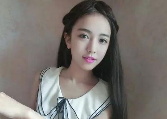 校花徐梓钧武汉科技大学校花卧蚕妹妹北京大学校花