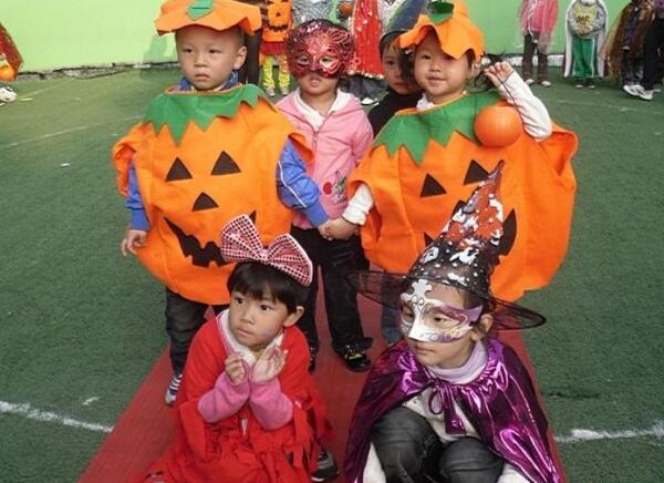 万圣节怎样给孩子装扮,穿什么服装
