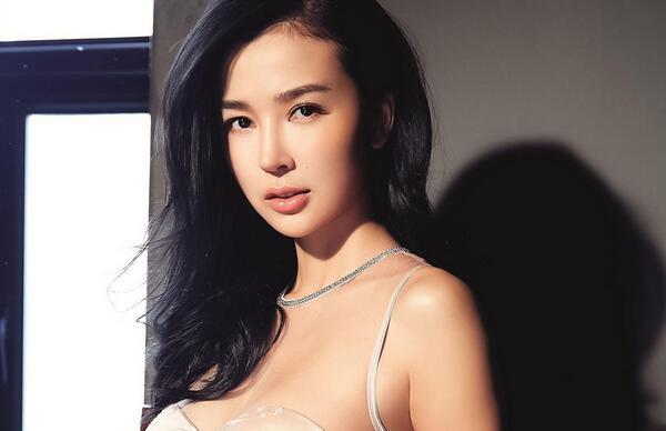 北京电影学院校花姚星彤图片