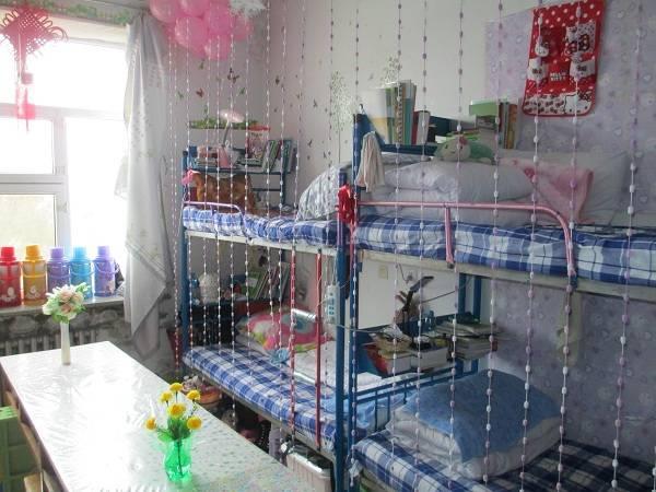 大学生寝室生活_哈尔滨商业大学宿舍怎么样 住宿条件好不好_高三网