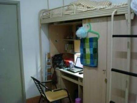 大学生寝室生活_四川大学宿舍怎么样 住宿条件好不好_高三网