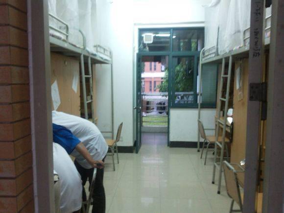 华南理工大学宿舍怎么样图片