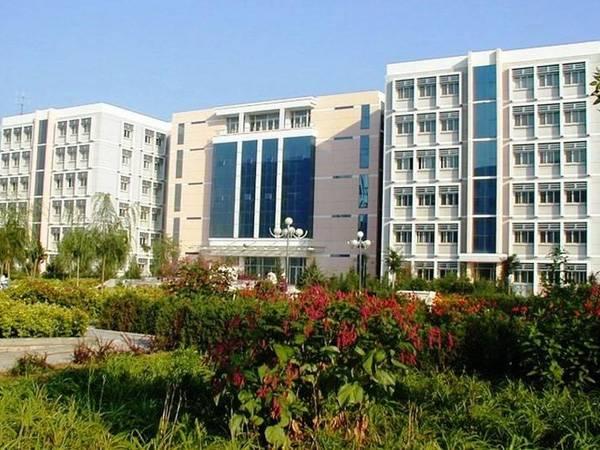 公共教学楼,专业教学楼,实训楼,图书信息大楼,成教大楼,大学生活动图片