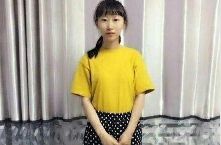 2017新疆高考状元:文科赵寒雨665分理科季欣然693分图片