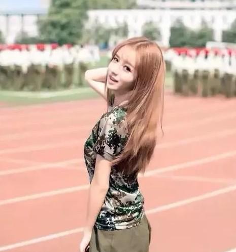 武汉大学新一代校花---李芷欣