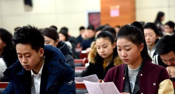 [北京四大名校]2016北京名校艺考亮点启用电子打分系统